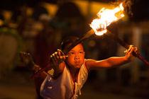 Loy-krathong-2011-at-chiang-mai-thailand-26
