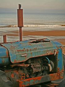 Beach tractor von camera-rustica