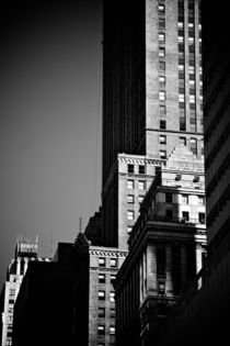 NYC Building by Marcus Kaspar