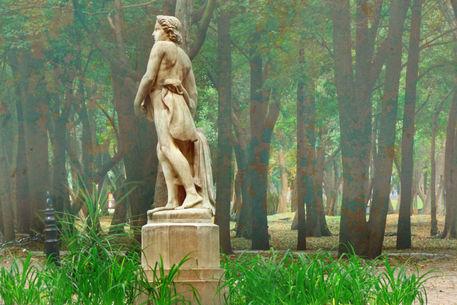 Mexico-statue-fog-copia