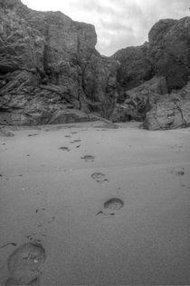 Footsteps in the sand von Dan Davidson