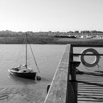 Harbour-sea-bw-003