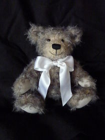 TEDDY Little Grey by Heike Rehm