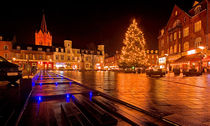 Wet December Evening by Keld Bach