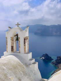 Church facing the caldera, Santorini von Christos Andronis