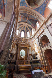 Apse in a church in Blois by safaribears